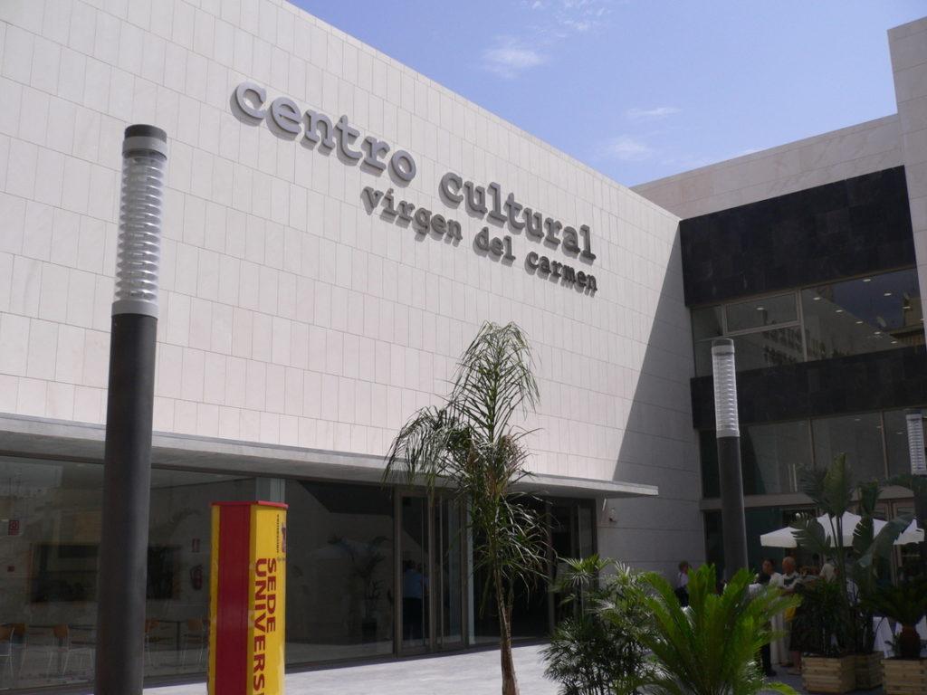 Fachada centro cultural